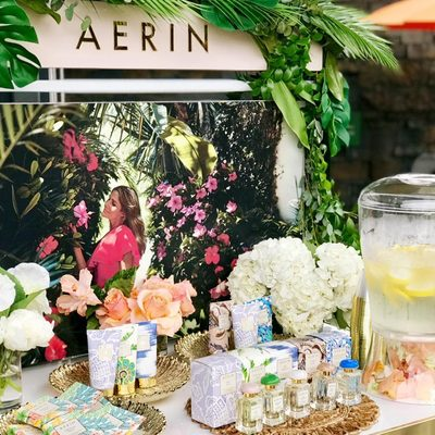 We have partnered with @nybg for their new exhibit: Visions of Hawaii by Georgia O'Keeffe. Visit the link in bio to get your tickets to #AERIN's Aloha Nights Hibiscus Happy Hour tomorrow 5.30-6.30pm #AERINbeauty #MyPerfectEscape