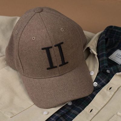 Add some colour nuances to your wardrobe by keeping it down to earth. #lesdeux #shirt #baseballcap