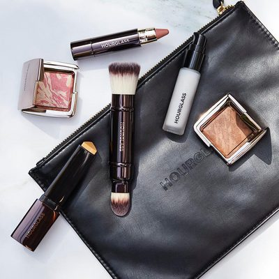 Travel must-haves. Tap to shop. #VanishFoundation #hgcrueltyfree #hourglasscosmetics