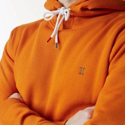 A Classic Les Deux. Coming up in October. #lesdeux #hoodie #tricolour #bleublancrouge @lesdeuxcopenhagen