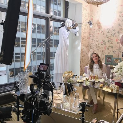 Behind every #AERINbeauty campaign there is an incredible team of photographers, videographers, editors and of course... @alexarodulfo. So thankful for everyone's hard work. The final result was incredible... Watch the full video via link in bio.