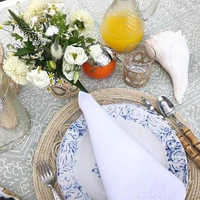 Summertime treat.. breakfast in the garden #AERINhome