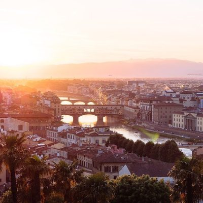 We love Florence for its pure beauty and vibrant energy in its streets. #lesdeux #florenceitaly🇮🇹
