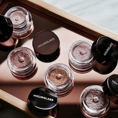 Stunning shot of our #ScatteredLight Glitter Eyeshadows by @makeupsessions. #regram #hgcrueltyfree #hourglasscosmetics