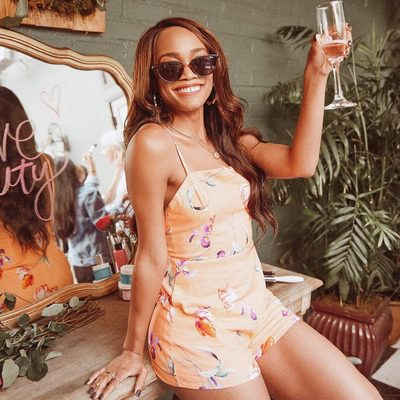 babe @therachlindsay in the sophia romper 🌼 shop link in bio to get her look #revolvearoundtheworld #revolvebeauty