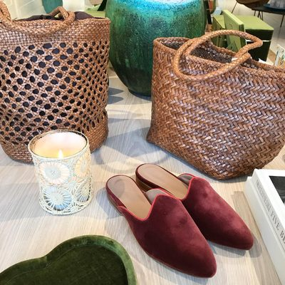 Perfect transitional accessories for fall.  Leather straw bags from Dragon diffusion and @le.monde.beryl velvet mules..