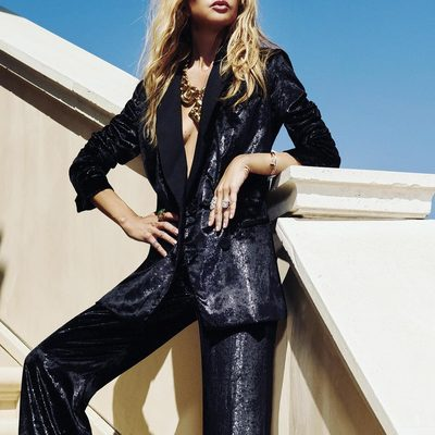 Looking very seriously to all that's ahead wearing my @shoprachelzoe metallic velvet tux available NOW @palisadesvillage store and www.shoprachelzoe.com 🙌✨ #shoptillyoudrop #powersuit xoRZ Link in bio