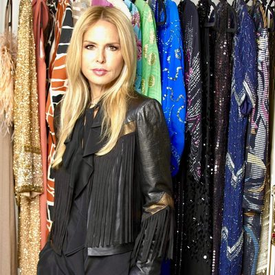 Thank you so much @latimes for your beautiful coverage of my new @shoprachelzoe @palisadesvillage store! I can't wait to see everyone #getstyled by me and my amazing team ..I hope you love it as much as I do! Wearing in this 📸 my New favorite fall fringe jacket available at my shop or www.shoprachelzoe.com 🙌. Go to link in bio for full article XoRZ #shoptilyoudrop #dreamfulfilled 🙏🏻💋xoRZ