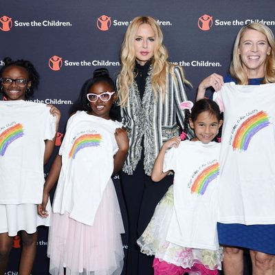 """I was beyond moved this week to meet these beautiful and strong young girls on #dayofthegirl  with @savethechildren 💗. I designed and signed the """"Love Comes In All Colors"""" shirts they are holding with @omazeworld and all proceeds go to #savethechildren 🙏🏻🌈Thank you @thecarolynmiles for the work that you do..You are my hero 🙏🏼 XoRZ 💕Shirt available at link in bio #shecanbe #childrenneedus xoRZ"""