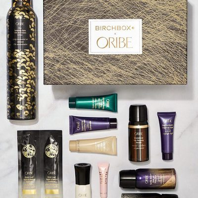 Ready, set, pick the @oribe product you're most excited to try! Our new limited-edition Birchbox x Oribe box is now up for grabs—and, yes, includes a full-size Dry Texturizing Spray—so get it while it's in stock. ✨