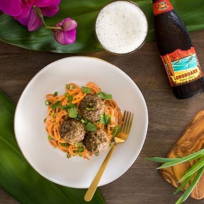 Skip the Thai takeout—with the help of wild @alaskaseafood pollock, a boatload of vegetables and fresh herbs, and an almond butter sauce, there's a tasty, healthier alternative. Link in bio #Ad #NationalSeafoodMonth