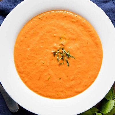 @bravetart does savory stuff too, you know! In fact, she makes one of the best tomato basil soups on the block. Link in bio.