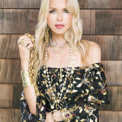 Some days I just want to hide behind my jewelry✨💗📿Shop my @boxofstyle tassel necklace at link in bio✨XoRZ