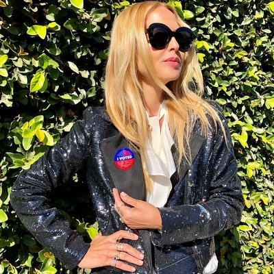 I VOTED 🙌 and so should you. 🙏🏻 It has never been more important to use our voices then it is today . Vote for your future and  for our children. ❤️💙🇺🇸✌️ #lovewins xoRZ