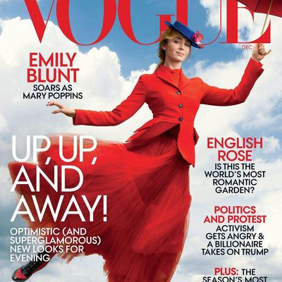 #EmilyBlunt stars on the cover of our December issue! Tap the link in our bio to read the full interview. Photographed by #AnnieLeibovitz, styled by @tabithasimmons, Vogue, December 2018.
