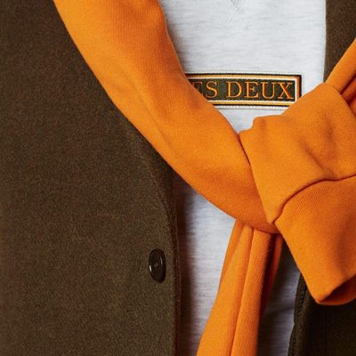 Spice up your wardrobe with some shades of orange and take your time to embrace the colours into your style. #lesdeux #orangehoodie