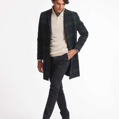 Outfit of the day; tailored check coat, cashmerino zipper knitwear and chelsea suede boots - a perfect harmony of distinctive materials.  #lesdeux #checkcoat #chelseaboots #cashmerino